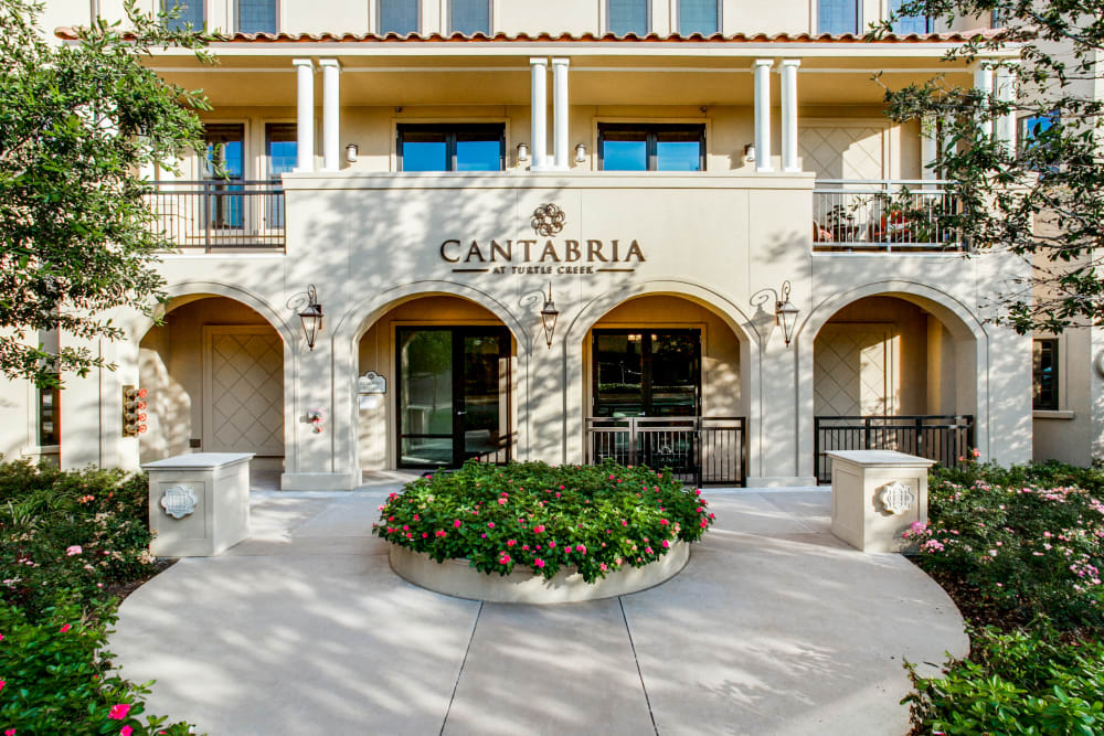 Entrance to Cantabria at Turtle Creek in Dallas, Texas