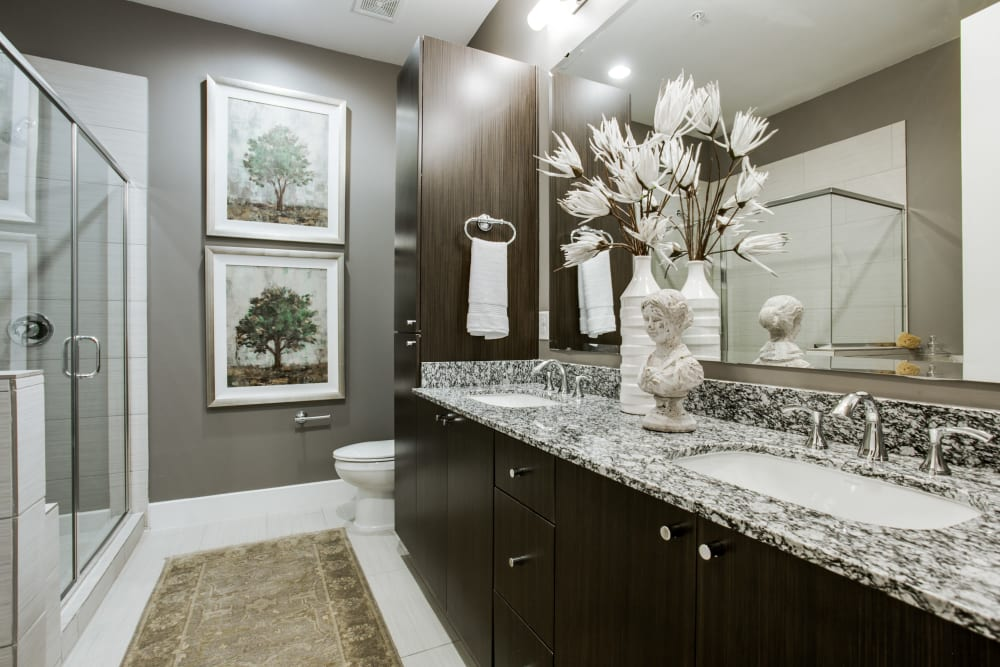 Bright, spacious bathroom at Cantabria at Turtle Creek in Dallas, Texas