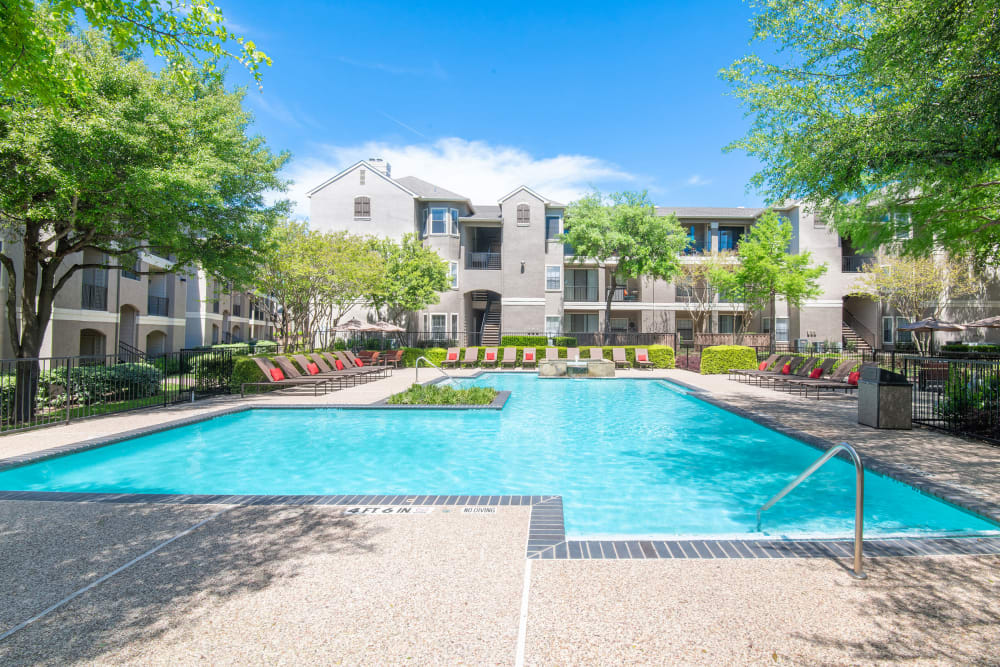 Our Apartments in Dallas, Texas offer a Swimming Pool