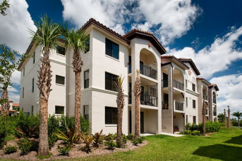 Well-managed landscaping outside resident buildings at Doral View Apartments in Miami, Florida