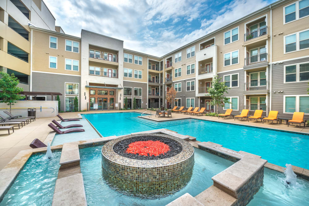 Resort-style hot tub at Aviator West 7th in Fort Worth, Texas