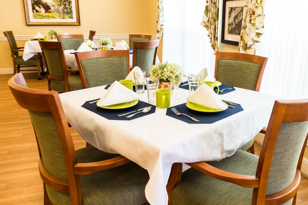 A table set up for dining at Artis Senior Living of Brick in Brick, New Jersey