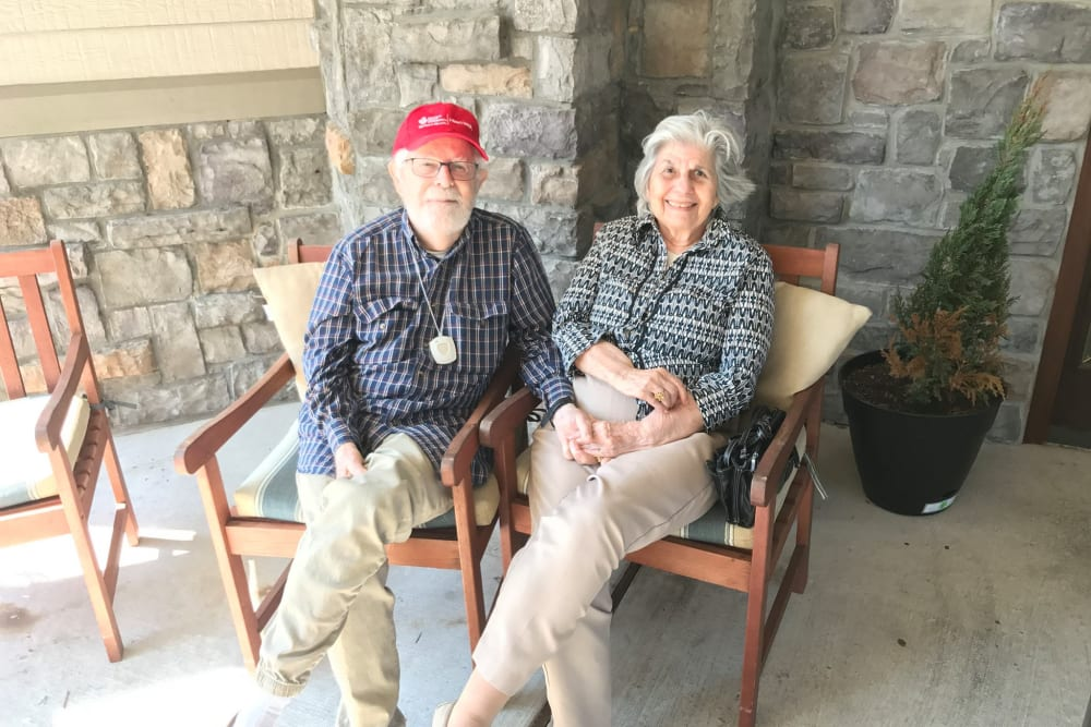 Resident couple at Parsons House Cypress in Cypress, Texas