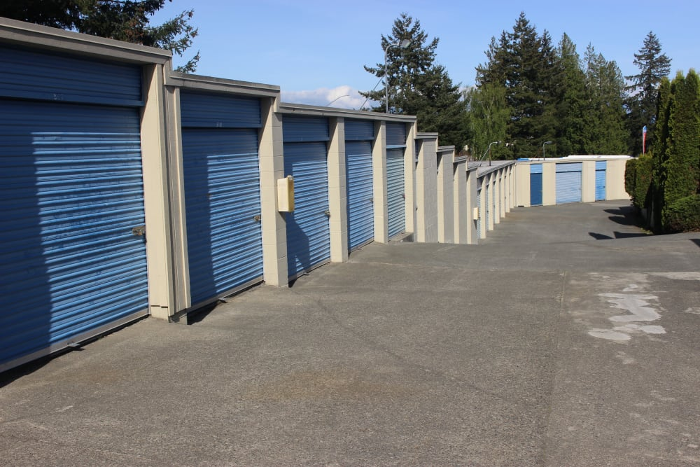 Spacious drive-up unit access at Trojan Storage in Everett, Washington