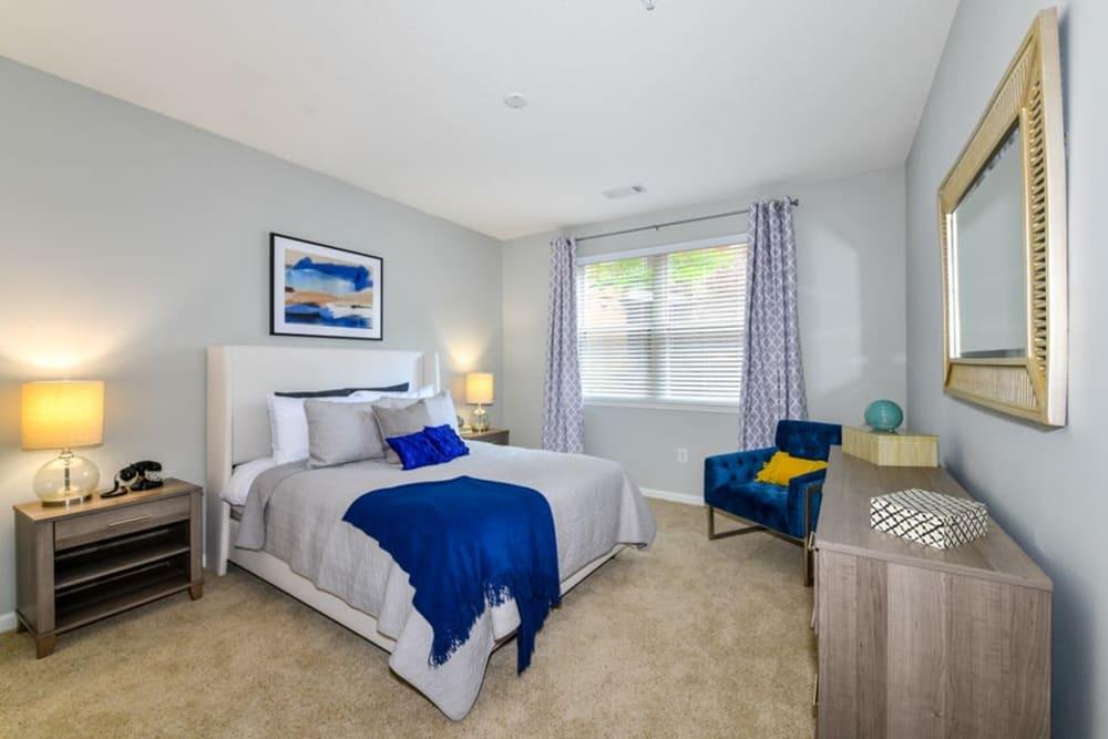 Master bedroom at Seventeen West in Atlanta, Georgia