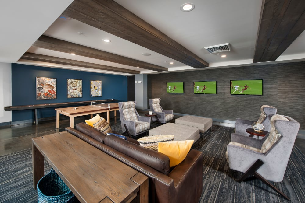 Game room with 3 TVs at City View Vinings in Atlanta, Georgia
