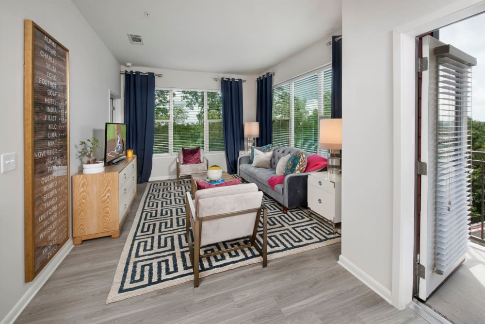 Spacious, well decorated living room at City View Vinings in Atlanta, Georgia