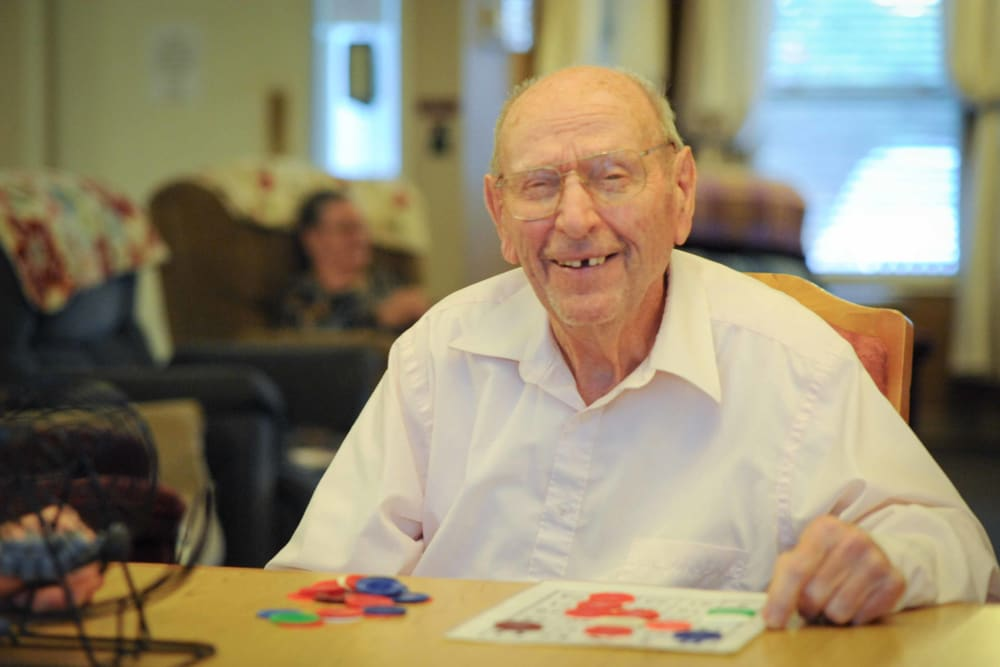 A man playing bingo at Chandler House in Yakima, Washington