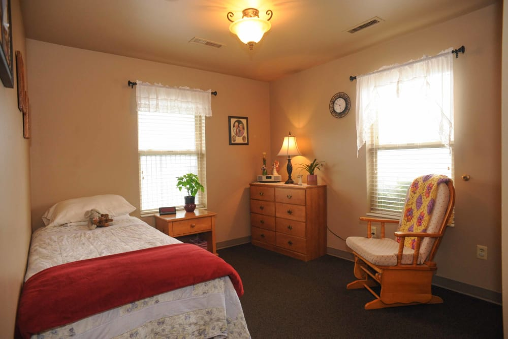 A bedroom at Chandler House in Yakima, Washington