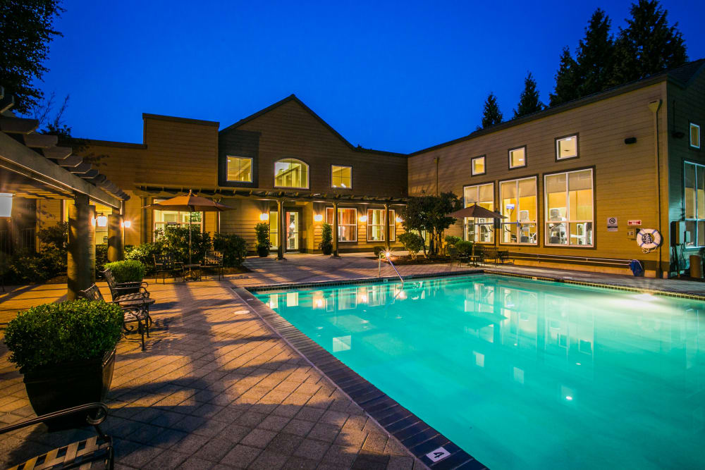 The Colonnade Luxury Townhome Rentals offers a resort style swimming pool for residents in Hillsboro, Oregon