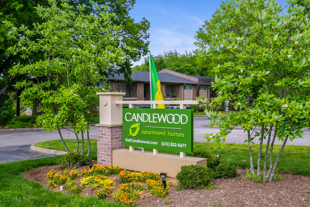 Sign by front entrance at Candlewood Apartments in Nashville, Tennessee