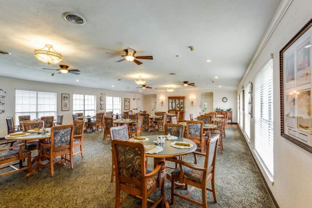 Dining hall at Parsons House La Porte in La Porte, Texas