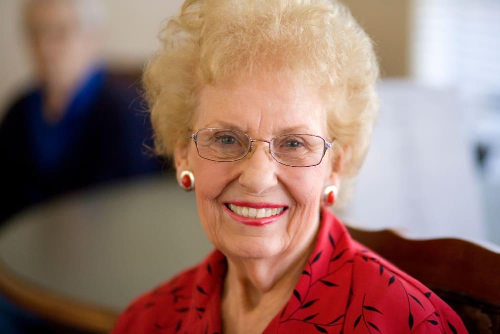 Resident smiling at Parsons House La Porte in La Porte, Texas
