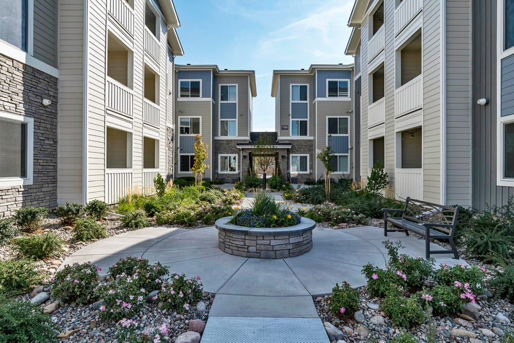 Apartment building COURTYARD at The Overlook at Interquest in Colorado Springs, Colorado