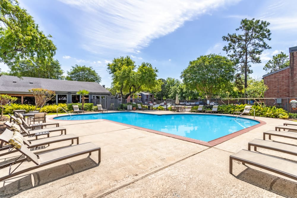 Carmel Creek offers a Swimming Pool in Houston, Texas