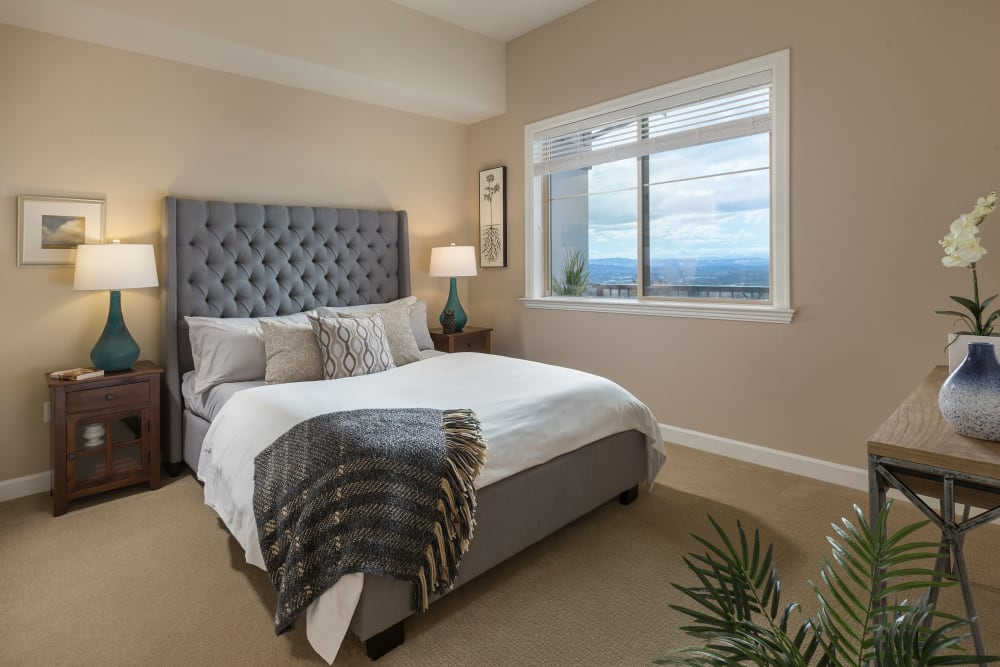 Resident bedroom of Touchmark in the West Hills in Portland, Oregon