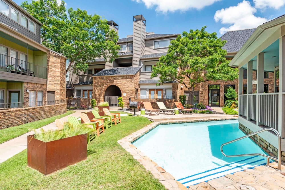 Outdoor pool at Watermarke Apartments in Fort Worth, Texas