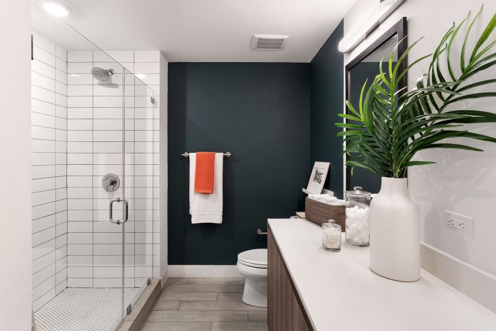 Large bathrooms at  Yard 8 Midtown in Midtown Miami, Florida