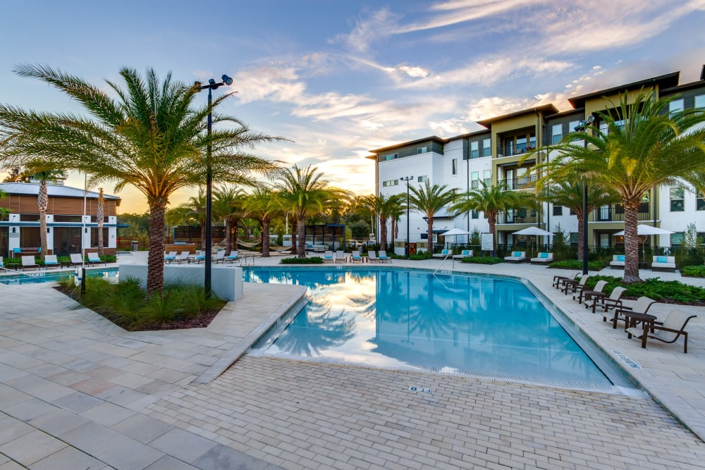Luxury swimming pool at Steele Creek in Jacksonville, Florida
