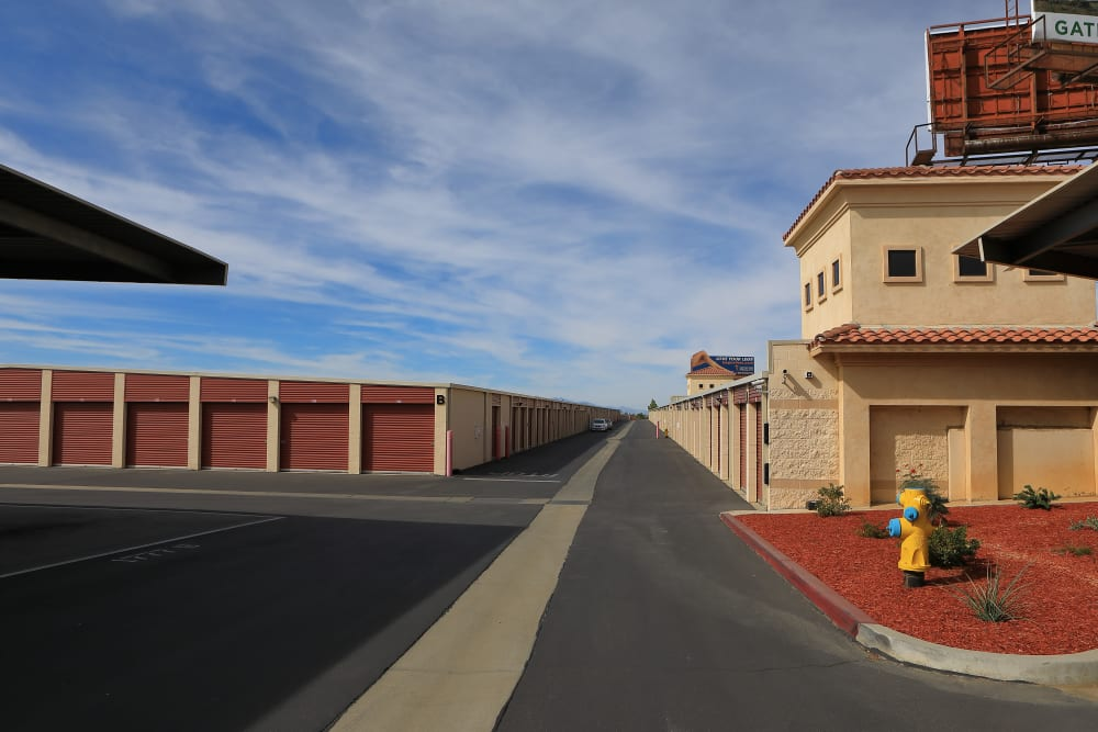 Wide driveways at Storage Solutions in Beaumont, California