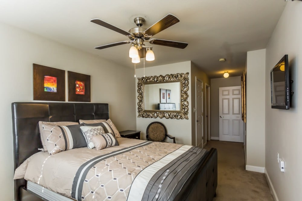 Large bedroom at River Pointe in North Little Rock, Arkansas.