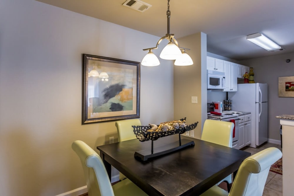 Resident dining room at River Pointe in North Little Rock, Arkansas.