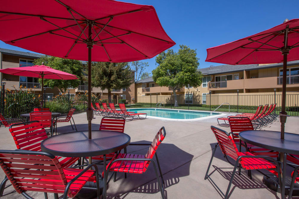 Poolside seating at Carriage House in Fremont, California
