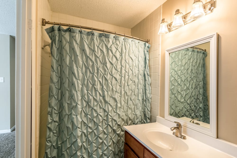 Bathroom and shower layout at Poplar Place in Memphis, Tennessee