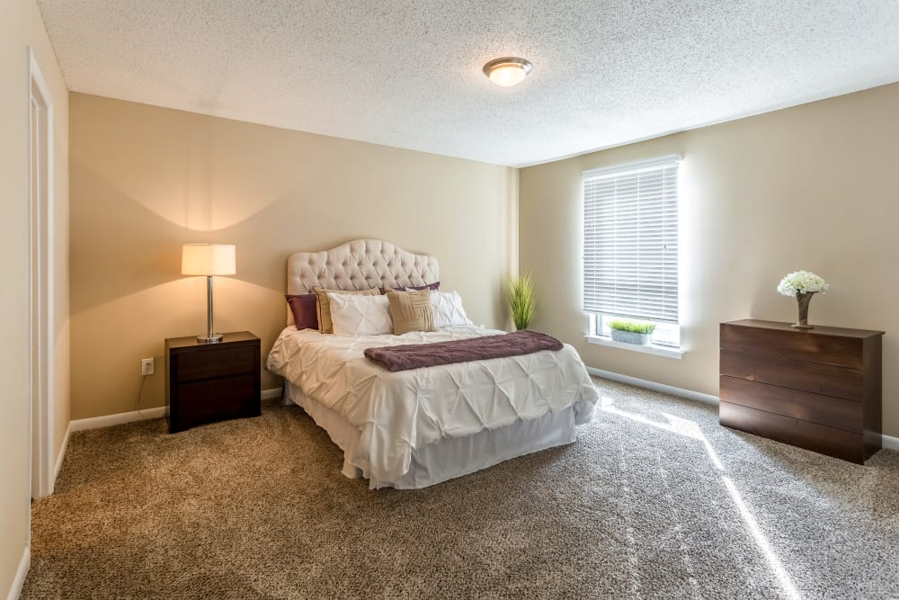 Bedroom model at Poplar Place in Memphis, Tennessee