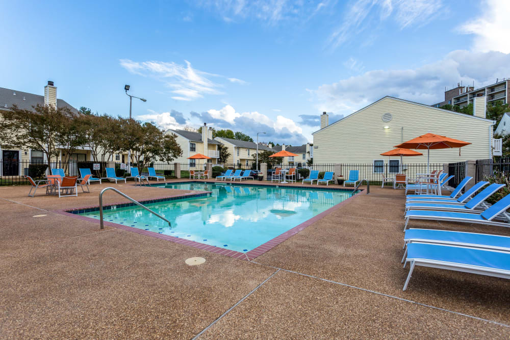 Outdoor pool at Poplar Place in Memphis, Tennessee