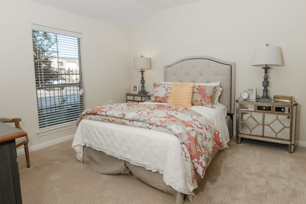 A spacious bedroom at Village on the Park Onion Creek in Austin, Texas