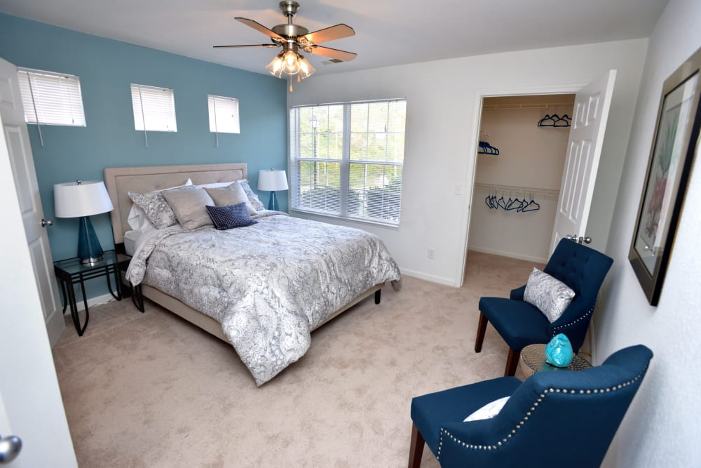 Master bedroom at Cascade Falls Apartments in Akron, Ohio