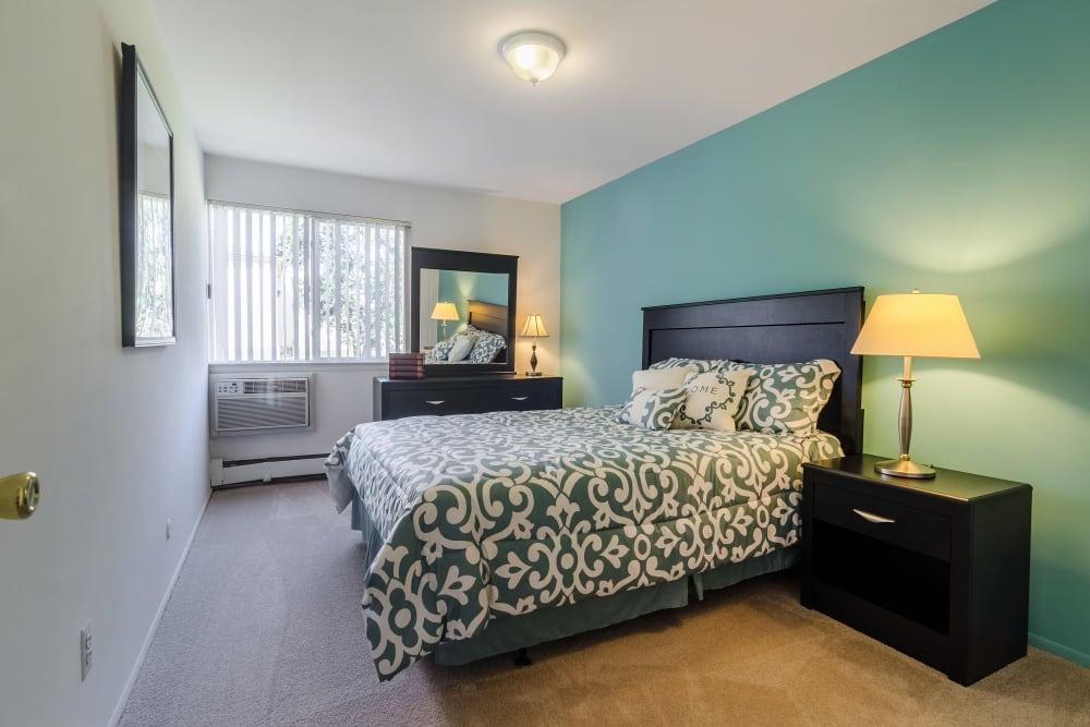 Bedroom model at Edgewood Park Apartments in Pontiac, Michigan