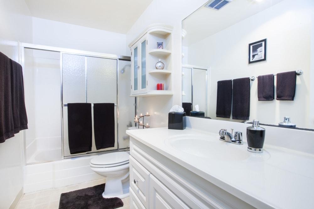 Bathroom at Oak Pointe Apartments in Fremont, California