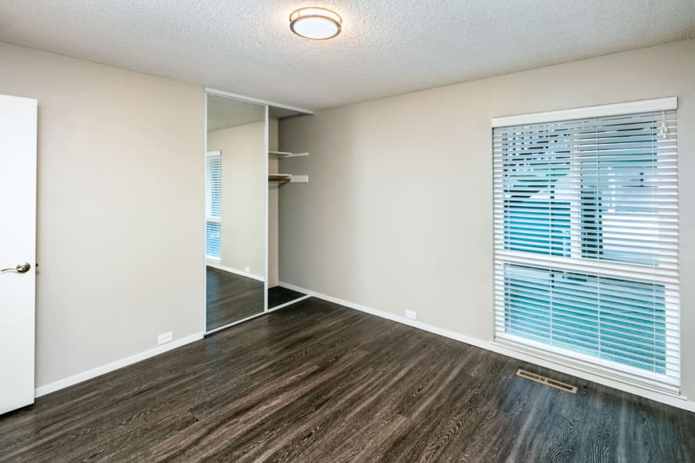 Spacious living room at 1038 on Second in Lafayette, California