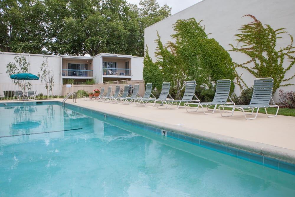 Resort-style swimming pool at Diablo Pointe in Walnut Creek, California