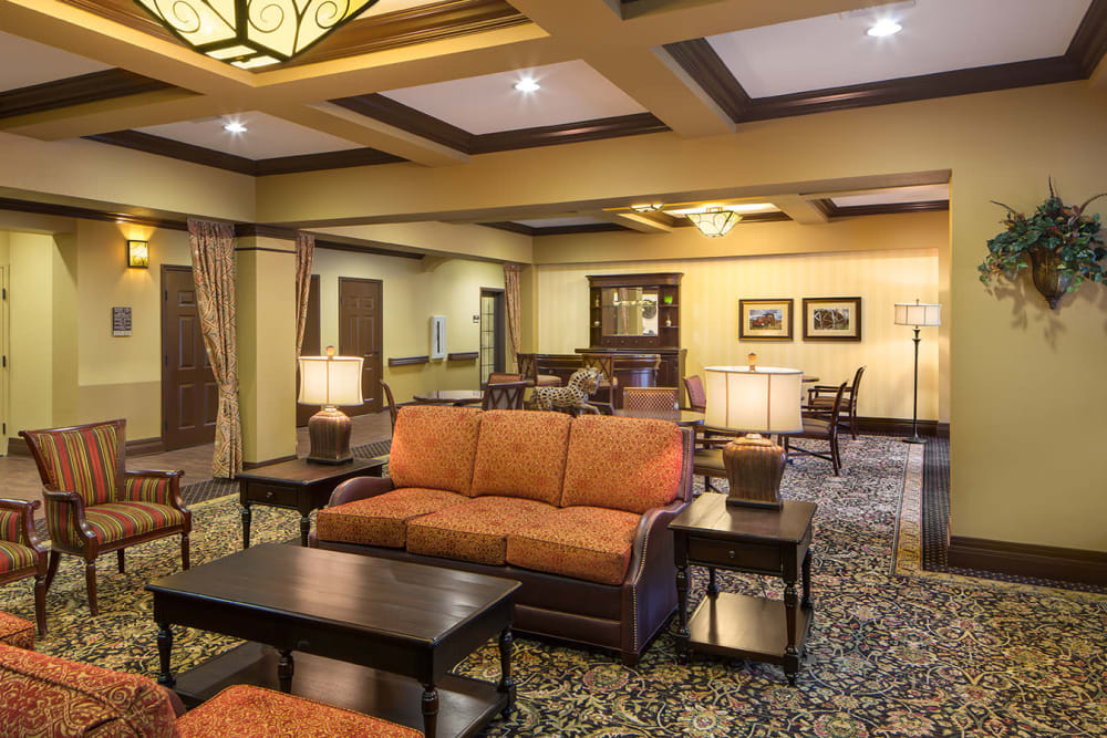 A community lounge at Spring Creek Village in Spring, Texas