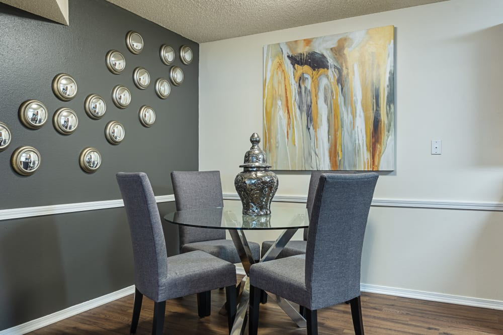 Dining room table at Chapel Ridge at Chenal in Little Rock, Arkansas