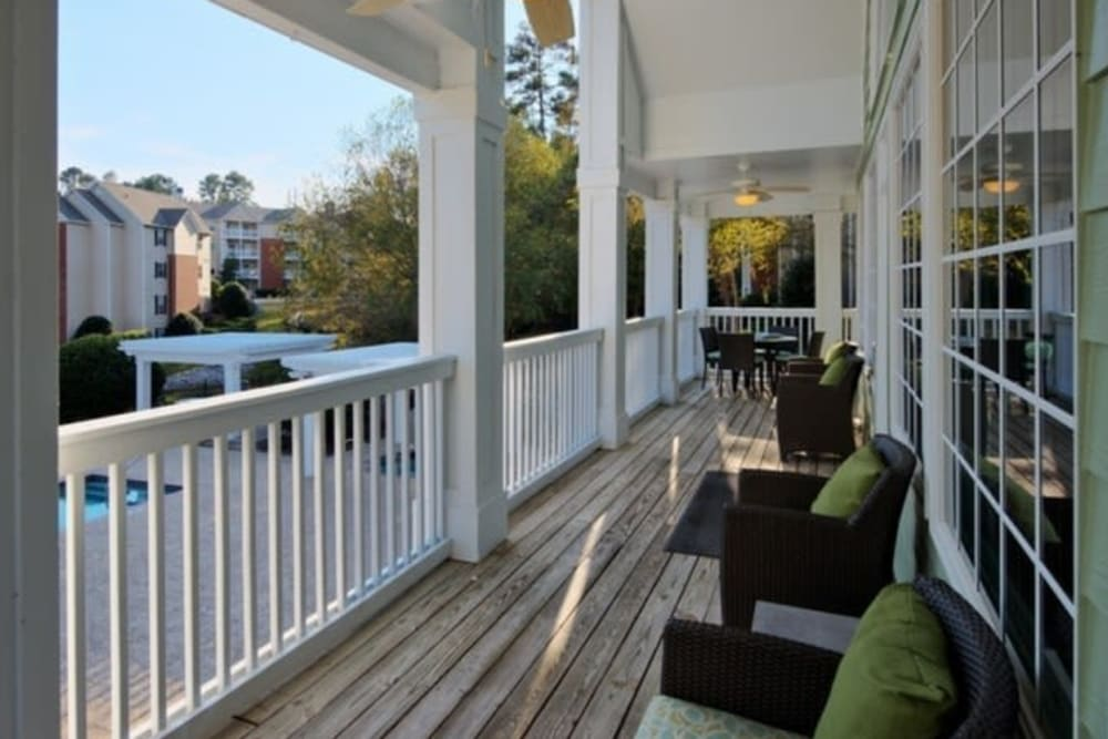 Back of clubhouse seating area at Broad River Trace in Columbia, South Carolina.