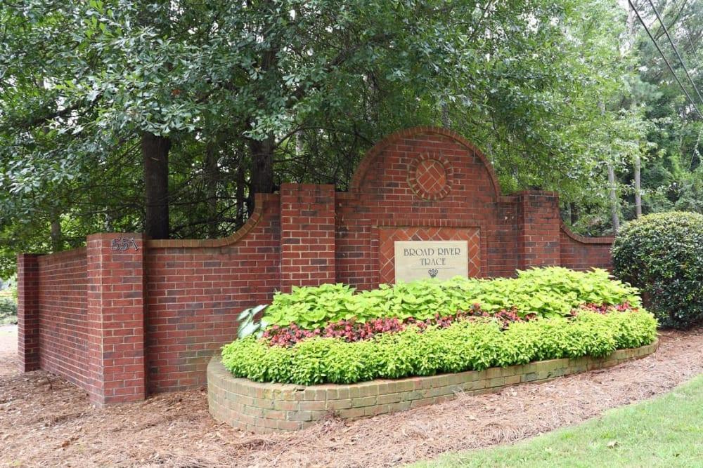 Main entrance sign at Broad River Trace in Columbia, South Carolina.
