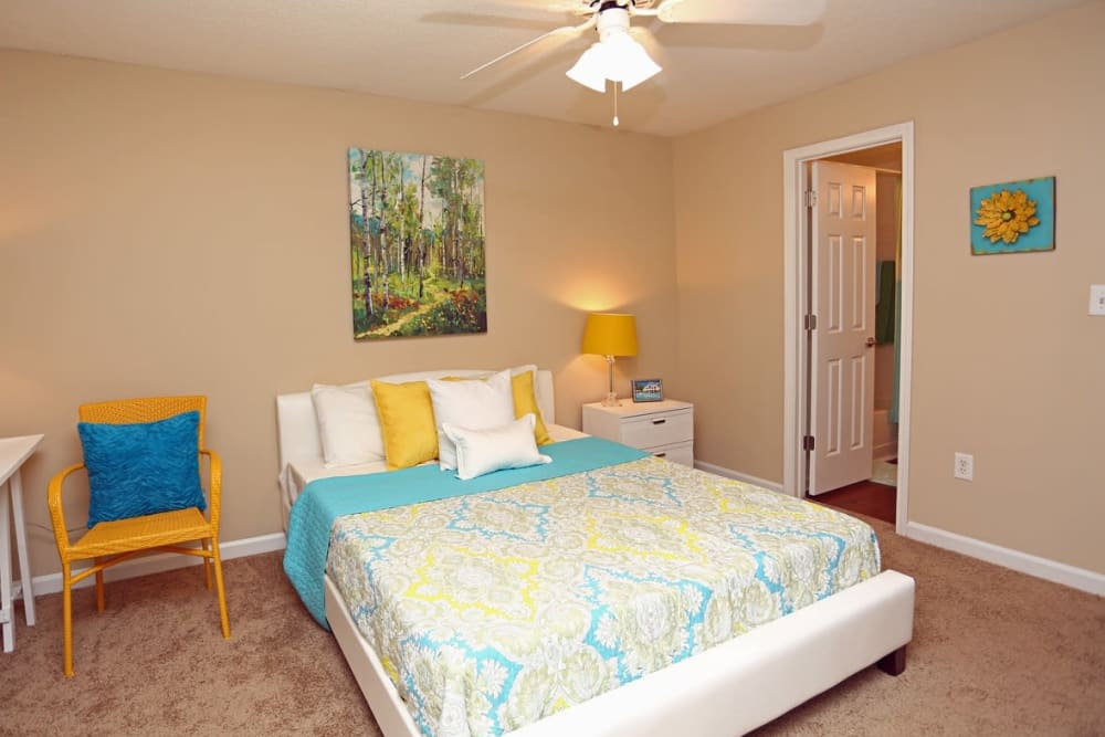 Resident bedroom at Broad River Trace in Columbia, South Carolina.