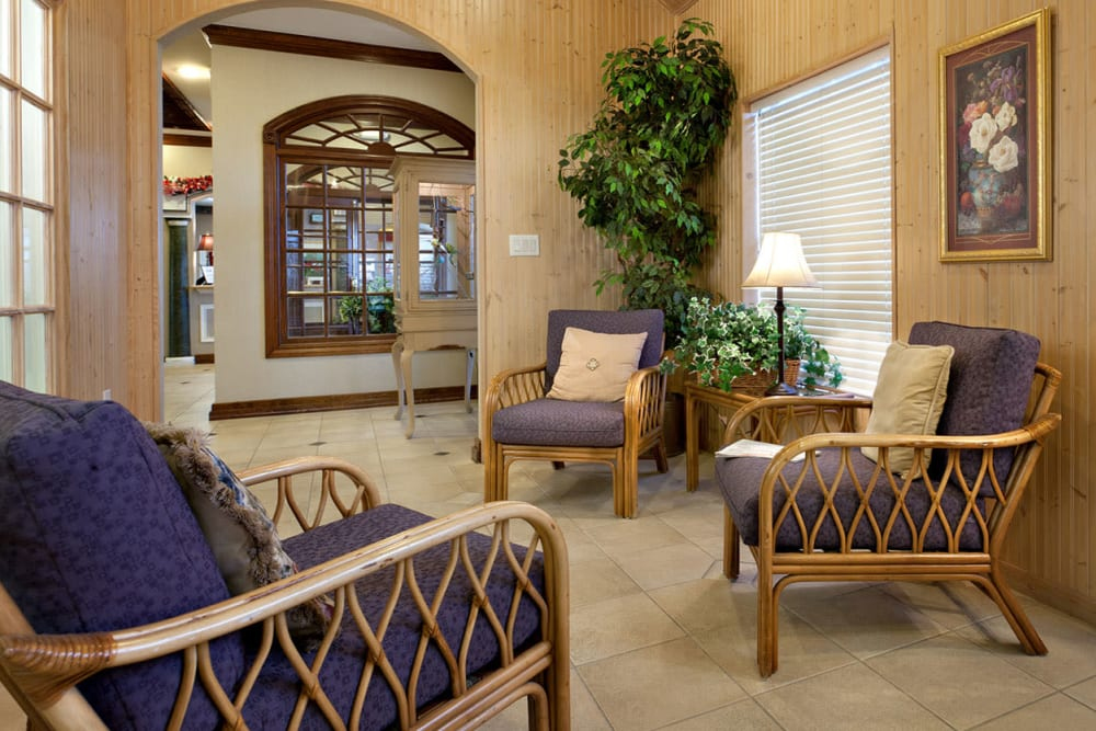 Seating in a lounge area at Village on the Park Steeplechase in Houston, Texas