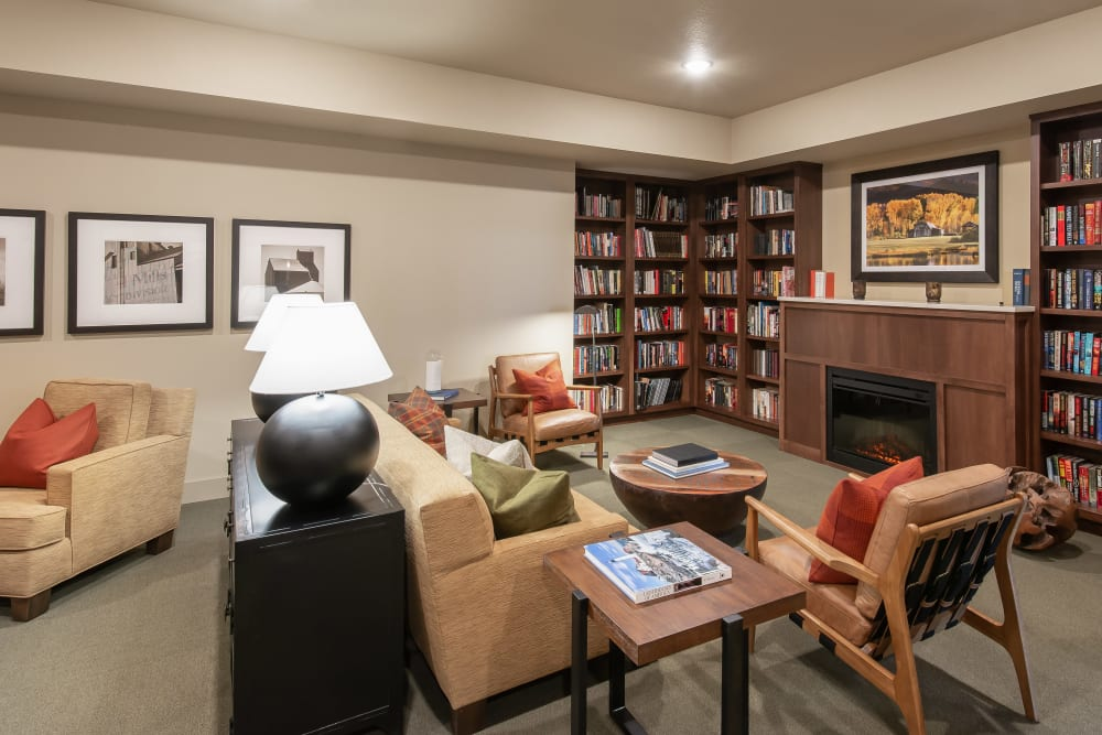 Resident library at Affinity at Ramsey in Ramsey, Minnesota