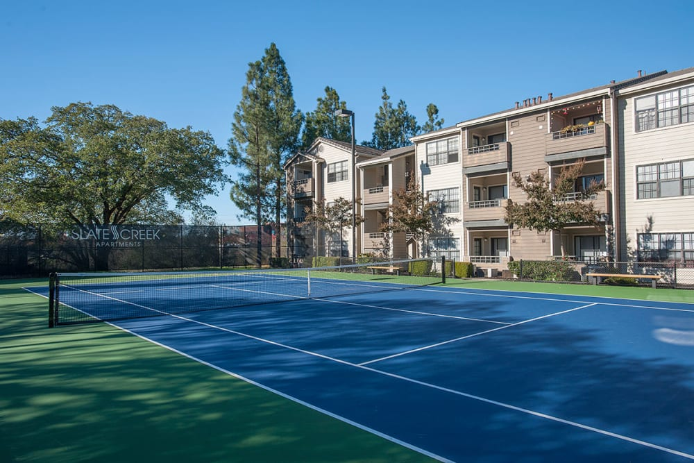 Tennis courts at Slate Creek Apartments in Roseville, California