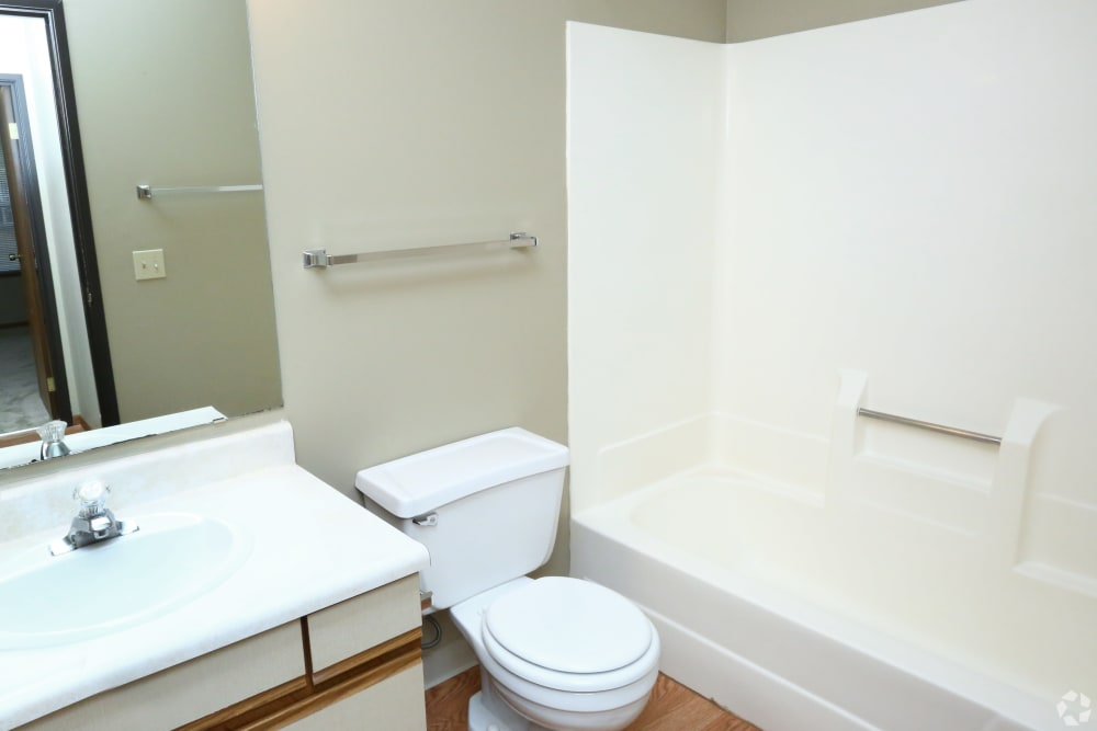 Bathrooms with bathtubs at Country Place in Mount Pleasant, Michigan.
