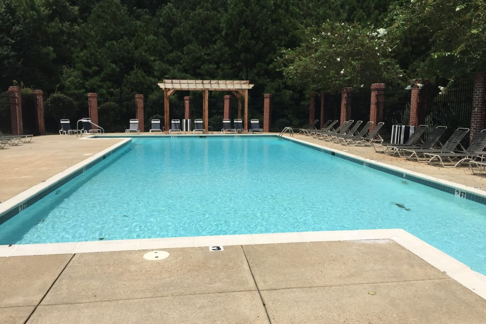 Resident pool at Midsouth 301 in Jackson, Mississippi.
