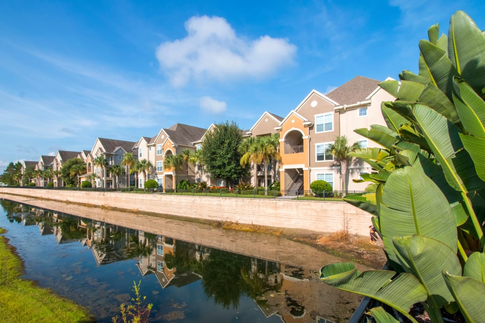 Waterfront living at Landings at Four Corners in Davenport, Florida