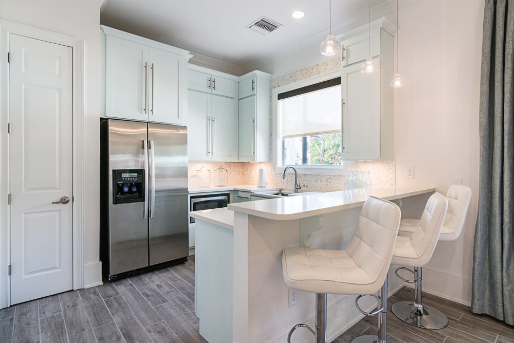 Bright white kitchen at Landings at Four Corners in Davenport, Florida