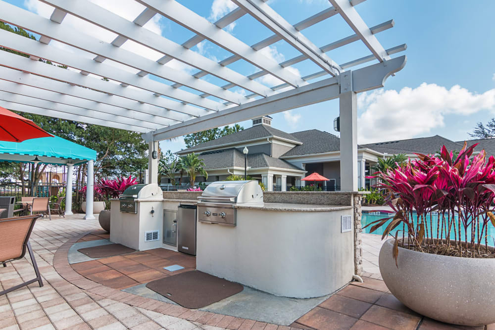 Outdoor grill at Landings at Four Corners in Davenport, Florida