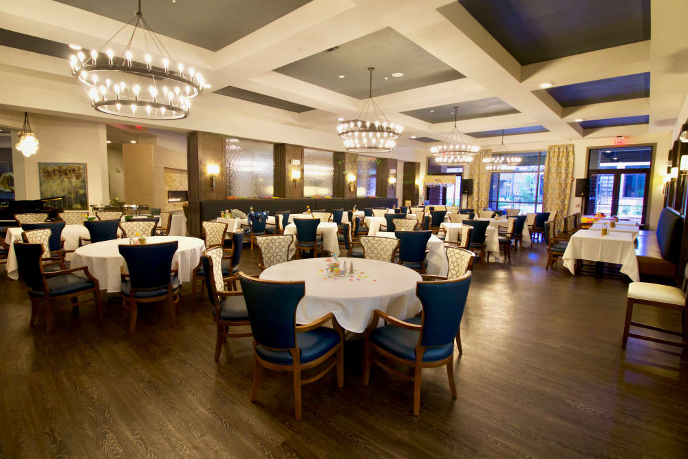 Enjoy a beautiful dining area at Watermere at Frisco in Frisco, Texas
